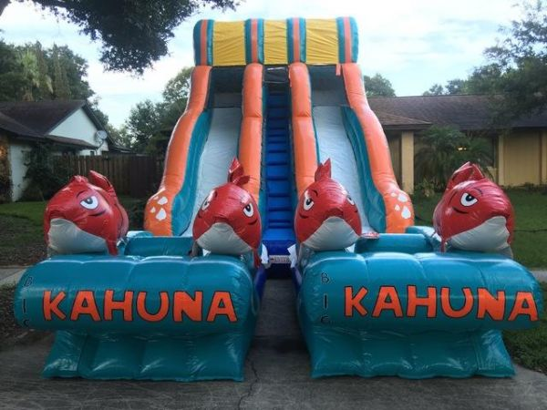 Dual Lane Big Kahuna Water Slide